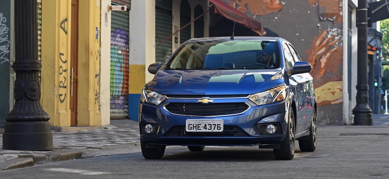 Chevrolet Onix será mais uma vez o carro mais vendido do Brasil em 2018 - Murilo Góes/UOL