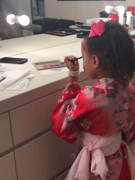 North na bancada da mãe, Kim Kardashian - Reprodução/Instagram/kimkardashian