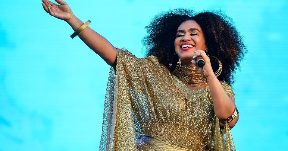 Mariene de Castro foi segunda atração a subir no palco do Festival Virada Salvador nesta segunda (1)