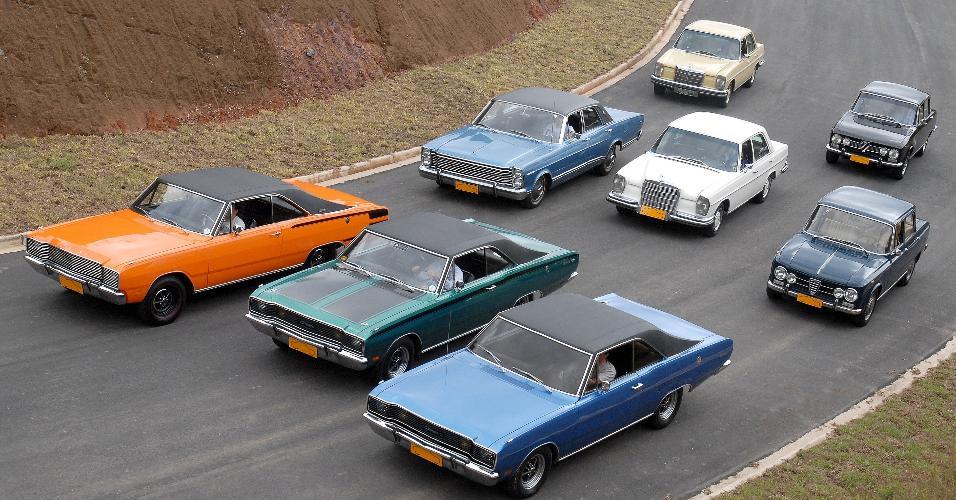 Comparativo de carros americanos e europeus anos 70