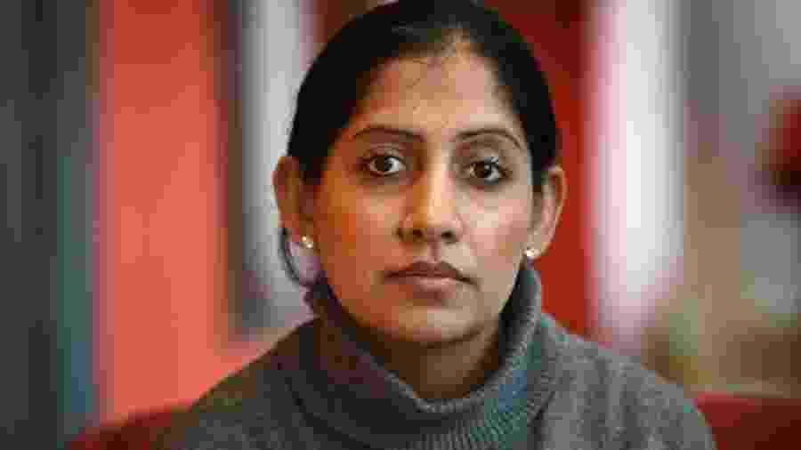 """""""Eu me sentia suja e usada"""", declarou Minreet Kaur - BBC"""