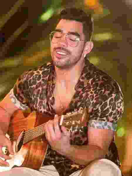 """O cantor Gabriel Diniz, famoso pelo hit """"Jenifer"""" - Reprodução/Facebook"""