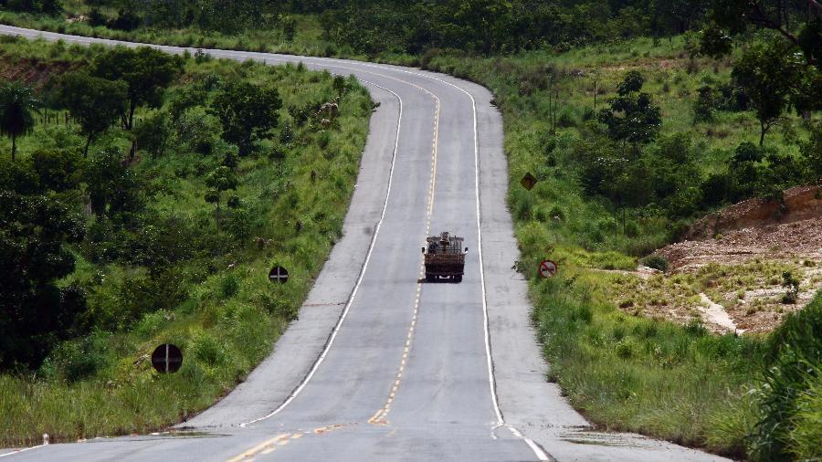 A administradora, Invepar, protocolou o pedido para devolver a BR-040 em agosto do ano passado - Chico Ferreira/Folhapress