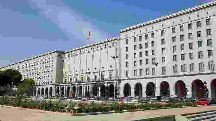 Fachada dos Novos Ministérios, em Madri, prédio que representa o Banco da Espanha na terceira parte de La Casa de Papel - Zarateman/WikiCommons