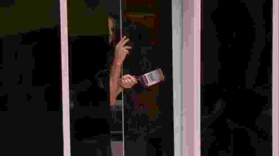 BBB 20 - Daniel fica preso em porta - Reprodução/Globoplay