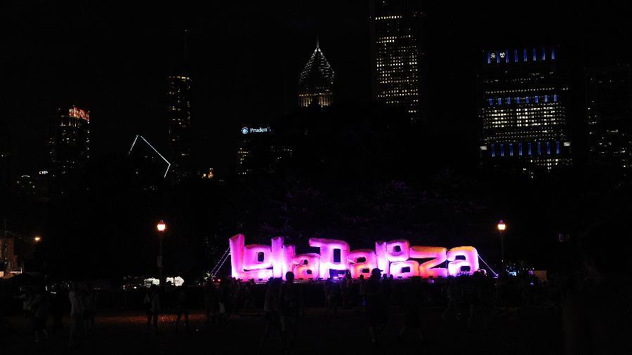 Letreiro com o nome do Lollapalooza em Chicago - Seth McConnell/The Denver Post via Getty Images