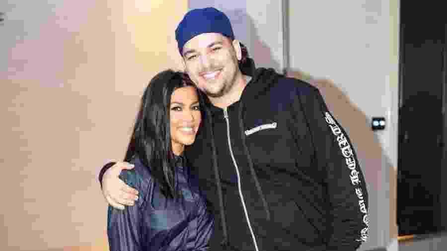 Rob Kardashian ao lado da irmã Kourtney durante aniversário da mais velha, Khloe - Reprodução/Instagram/Rob Kardashian