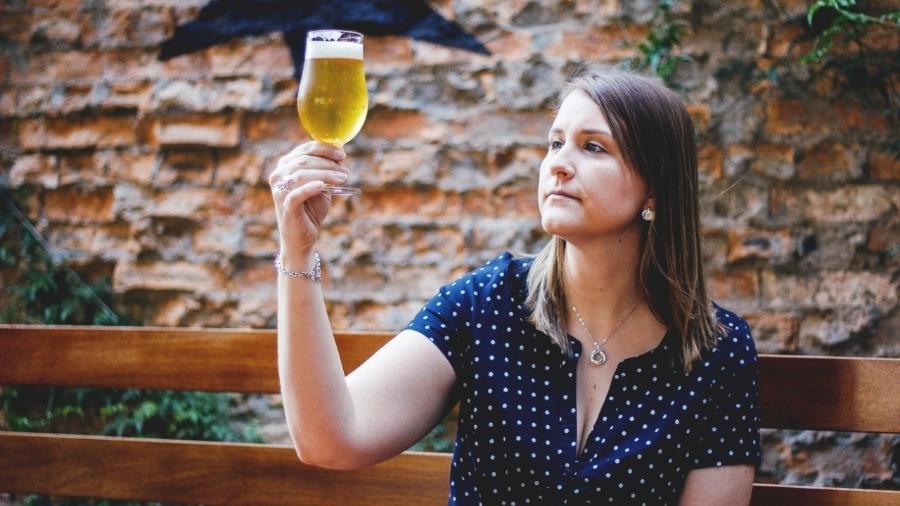 Laura Aguiar, chefe da área de conhecimento e cultura cervejeira da Ambev - Renata Monteiro/Divulgação