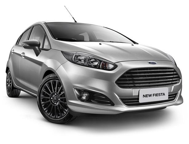 """Ford Fiesta 2017 oferece pacote """"Style"""", que substitui """"Sport"""", nas versões 1.6 - Divulgação"""