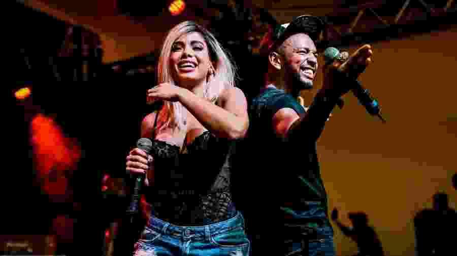 Anitta e o funkeiro Nego do Borel durante apresentação - Manuela Scarpa/Brazil News