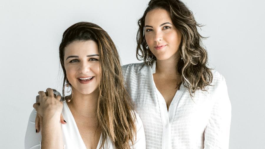 """Da esquerda para a direita, Joana Cannabrava e Carla Paredes, criadoras do blog """"Futilidades"""" - Divulgação"""