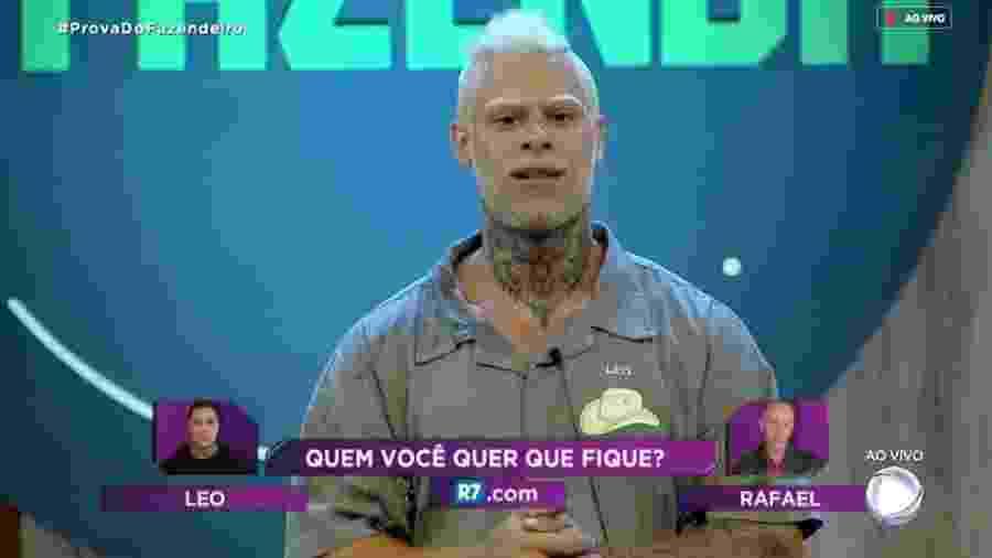 Léo Stronda pede para os fãs votarem para permanecer no reality - Reprodução/RecordTV