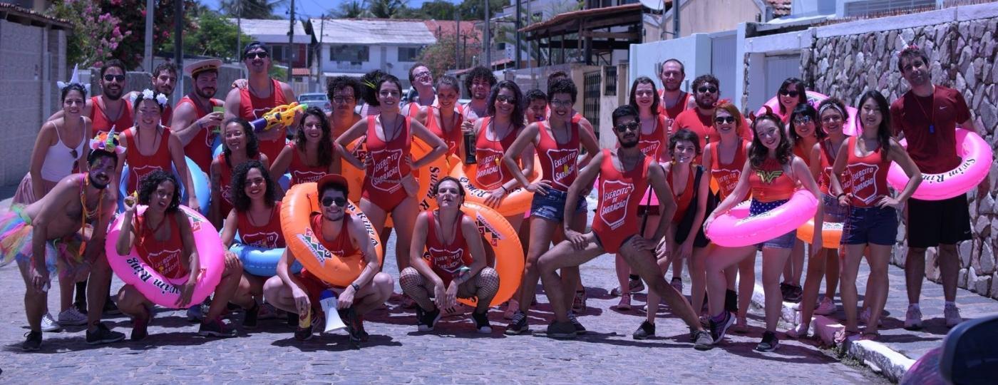 Facilitadores e a turma que levaram ao Carnaval de Olinda - Divulgação