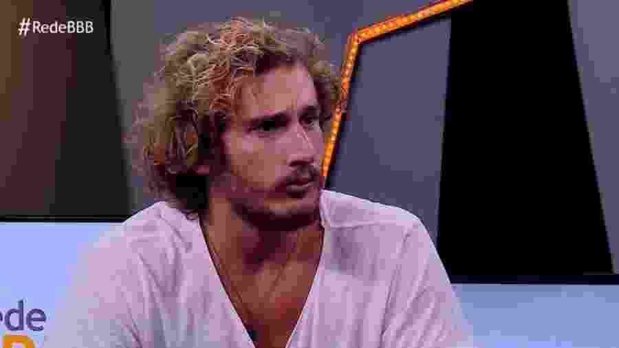 Alan conversa com Fernanda Keulla após ser eliminado  - Reprodução/GloboPlay