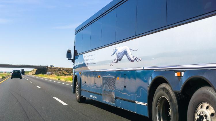 Ônibus de Greyhound, empresa onipresente nas viagens interestaduais nos EUA - Andrei Stanescu/iStock