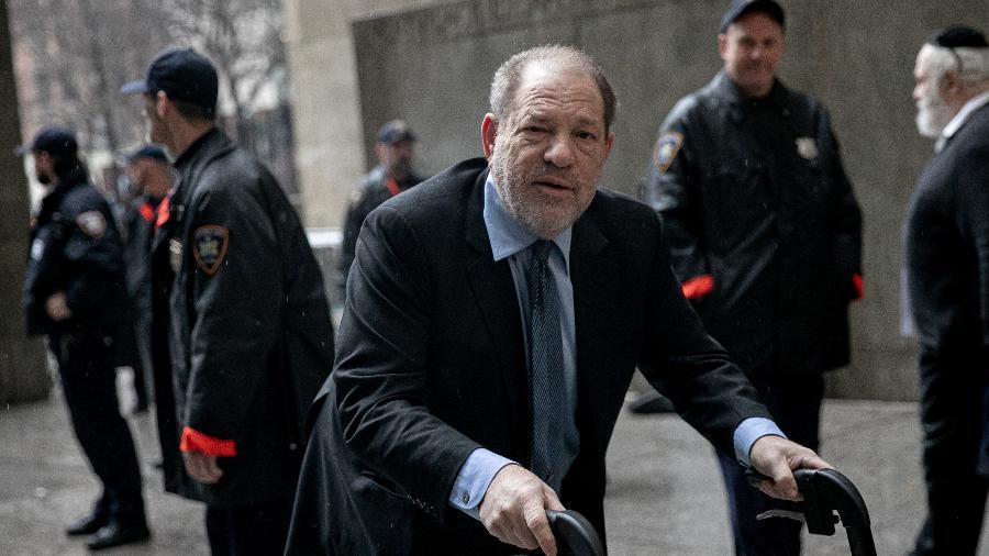 Harvey Weinstein chegando ao tribunal de Nova York para julgamento em fevereiro deste ano - REUTERS/Jeenah Moon