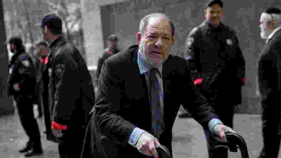 Harvey Weinstein chegar ao tribunal de Nova York para julgamento - REUTERS/Jeenah Moon