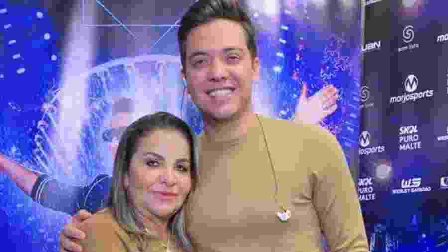 Wesley Safadão e a mãe, Maria Valmira Silva de Oliveira, a dona Bil - Reprodução/Instagram