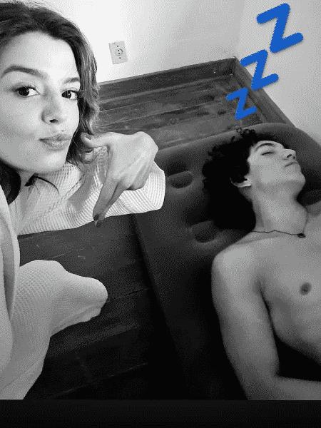 Giovanna Lancellotti fez brincadeira com Jorge Lopez nos bastidores de nova série - Reprodução/Instagram/@gilancellotti