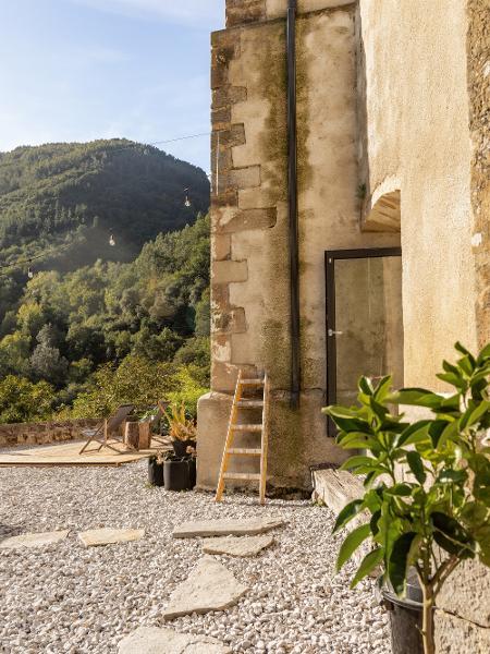 Vista del exterior - Neria Moreno - Neria Moreno