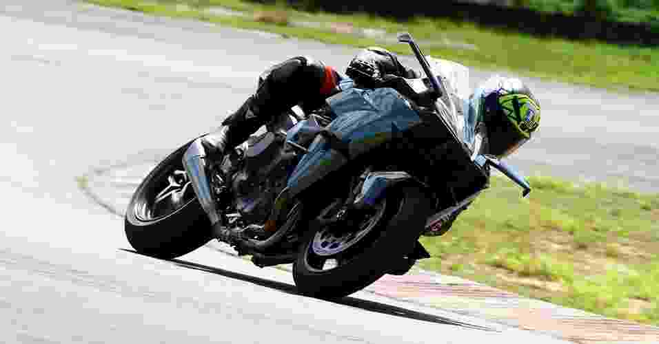 Kawasaki Ninja H2R - Mario Villaescusa/Infomoto