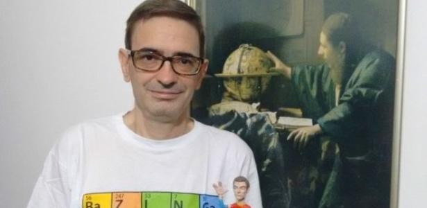 """O pesquisador Fernando Roig diz que série """"desmistifica"""" a Ciência - BBC Brasil"""
