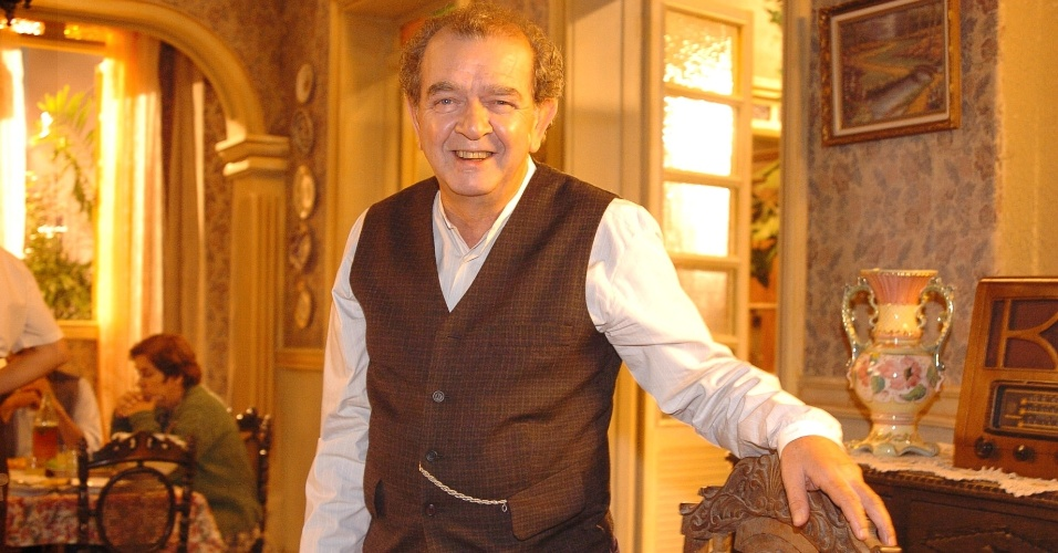 """2005 - Umberto Magnani como o Elias, em """"Alma Gêmea"""""""