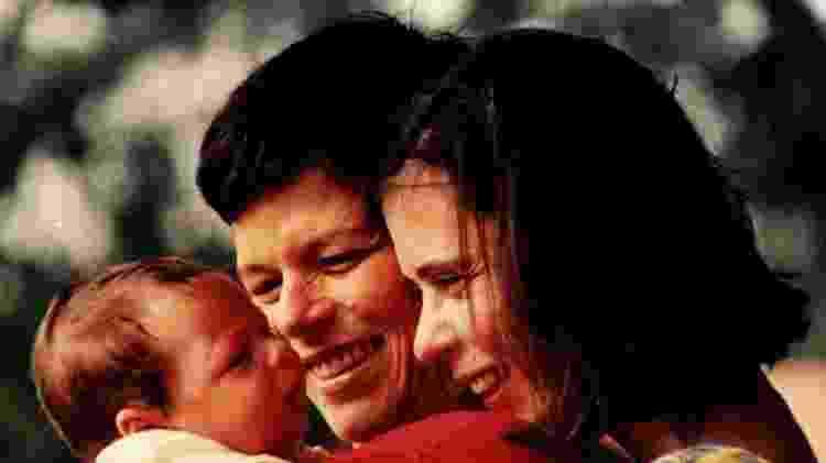 A cantora Cássia Eller, a mulher, Eugênia, e o filho, Chicão - Divulgação - Divulgação