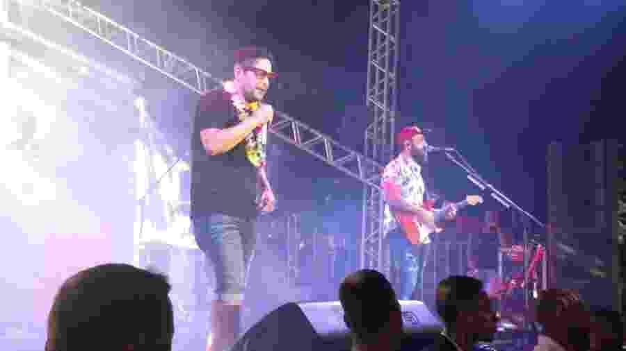 Jorge e Mateus cantam em camarote sertanejo no Carnaval de Salvador - Felipe Pinheiro/UOL