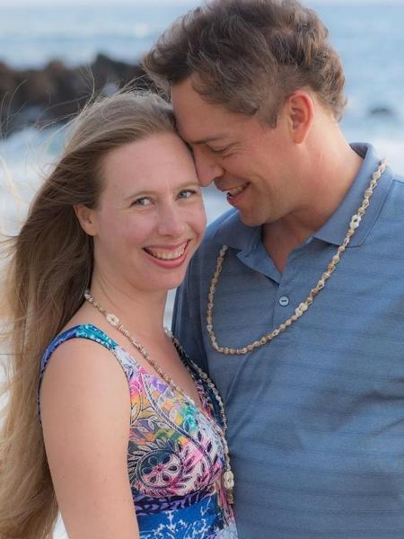 Scott e Melanie McClure contaram sobre suas experiências com o sexo tântrico - Reprodução/Facebook