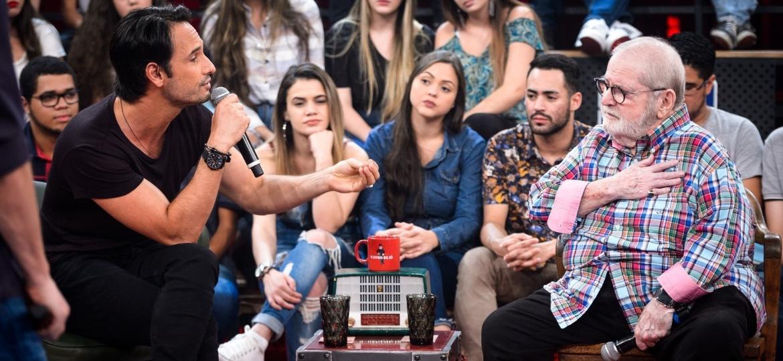 Jô Soares se emociona com Rodrigo Santoro - Ramón Vasconcellos/TV Globo