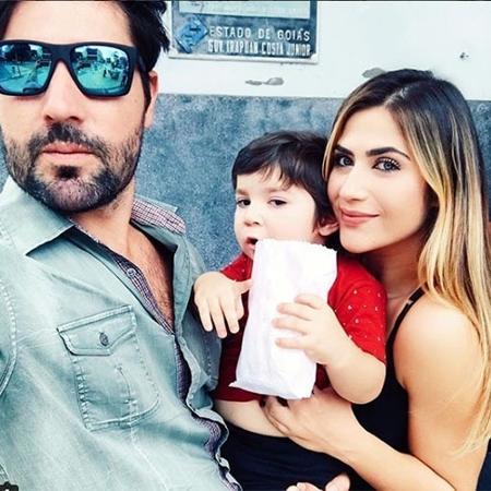 Jéssica Costa e Sandro Pedroso com o filho Noah  - Reprodução/Instagram
