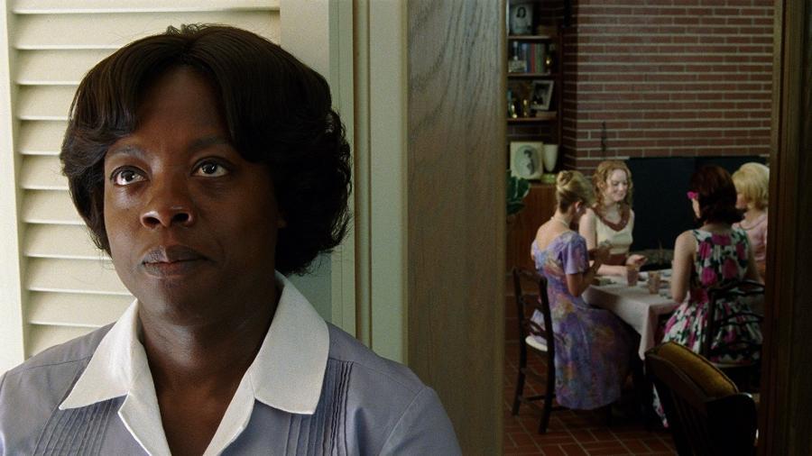 """Viola Davis em cena de """"Histórias Cruzadas"""" - Reprodução"""