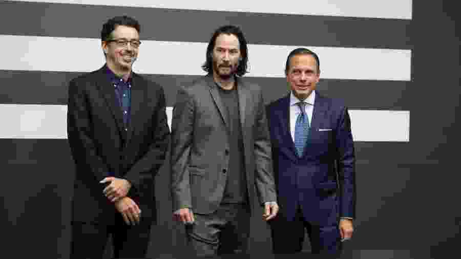 Sérgio Sá Leitão, Keanu Reeves e João Dória no Palácio dos Bandeirantes, em São Paulo - Deividi Correa/AGNews