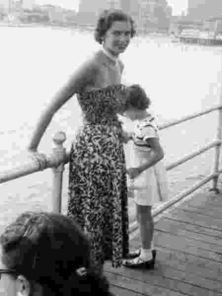 Edith Eger teve de dançar para Josef Mengele, o 'Anjo da Morte', perdeu os pais mas sobreviveu a campos de concentração; nos EUA, se formou em psicologia - Arquivo Pessoal via BBC - Arquivo Pessoal via BBC