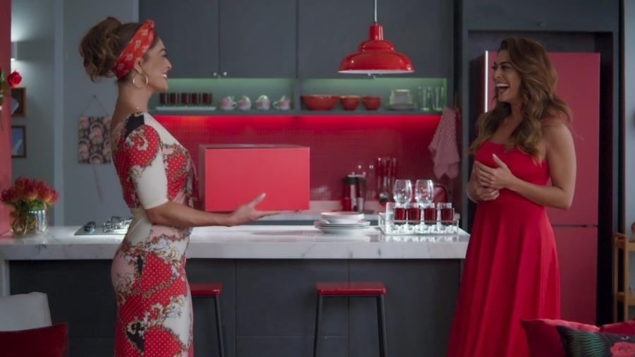 Juliana Paes contracena com Maria da Paz em A Dona do Pedaço - Reprodução/TV Globo