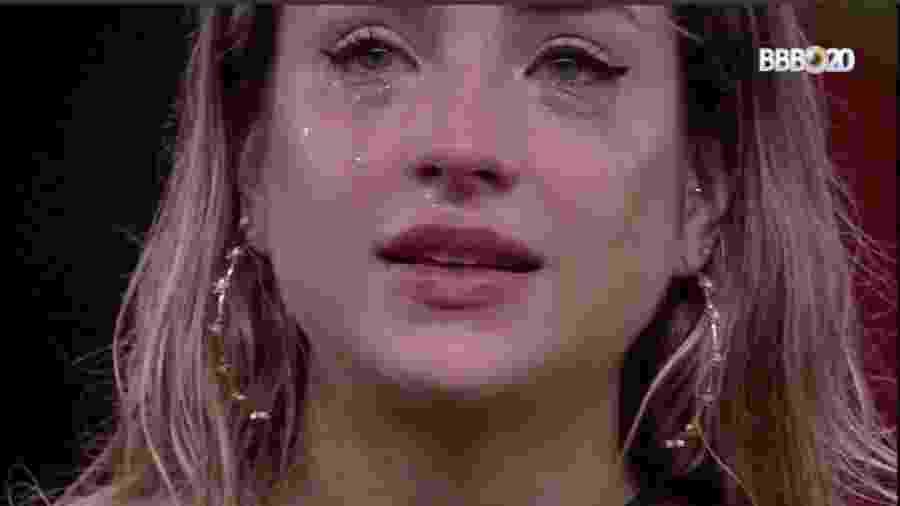 """No final de janeiro, Gabi chorou ao contar que parou de tomar remédios para depressão ao entrar no """"BBB 20"""" - Reprodução/GlobosatPlay"""