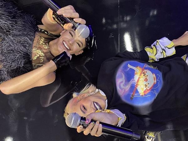 Bruna Marquezine e Manu Gavasssi após o MTV Miaw