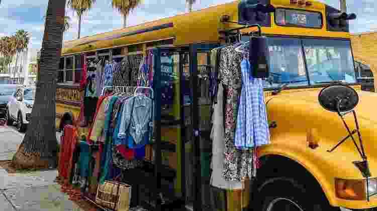 Transporte, casa e agora, loja de roupas vintage da família Reis - Arquivo pessoal - Arquivo pessoal