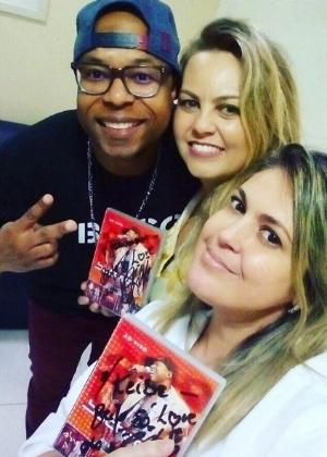 Buchecha fez a cirurgia em uma clínica odontológica com as dentistas Fernanda Fiúza e Keide Sylos - Reprodução/Instagram/buchechaoficial