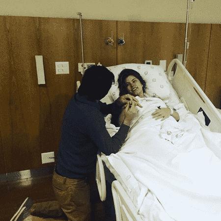 Bruna Hamú é pedida em casamento na maternidade após dar à luz seu primeiro filho, Julio  - Reprodução/Instagram