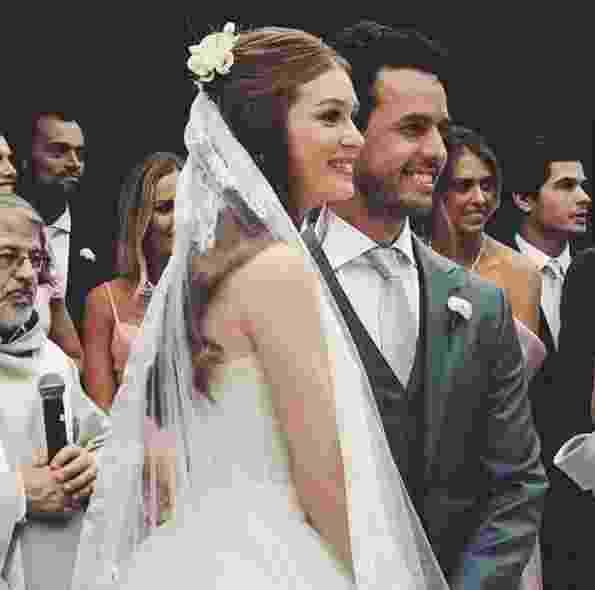 Os noivos durante a cerimônia - Reprodução/Instagram