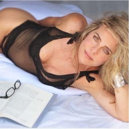 Bruna Lombardi posa só de lingerie - Instagram