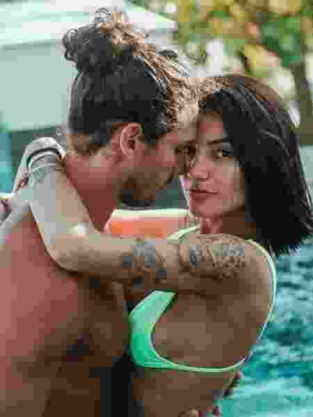 O casal Gabi Prado e João Zoli - Reprodução/Instagram