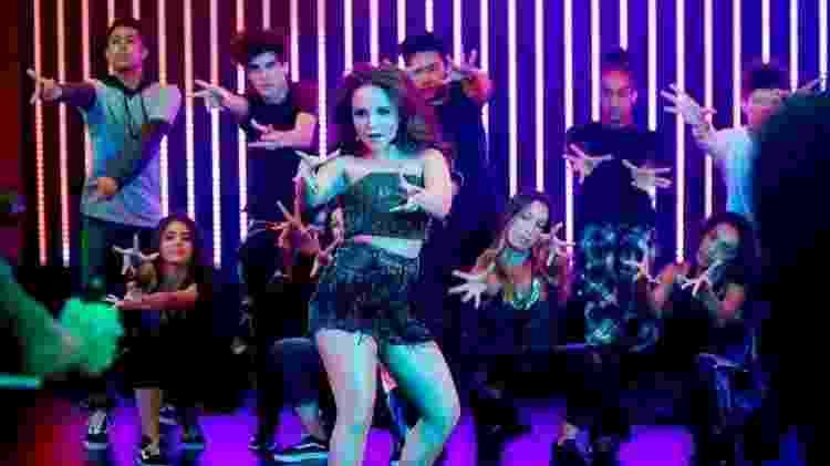 Larissa Manoela no clipe de Hoje a Noite é Nossa - Divulgação