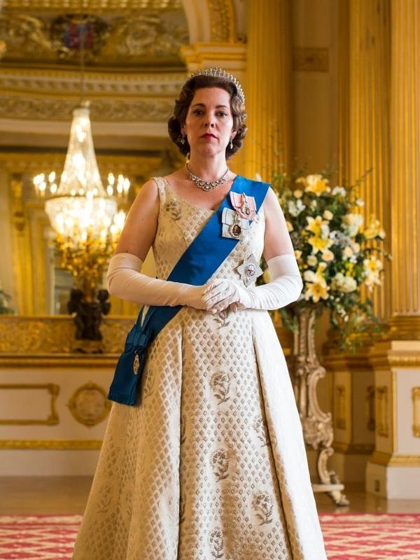 Olivia Colman como a rainha Elizabeth 2ª em The Crown