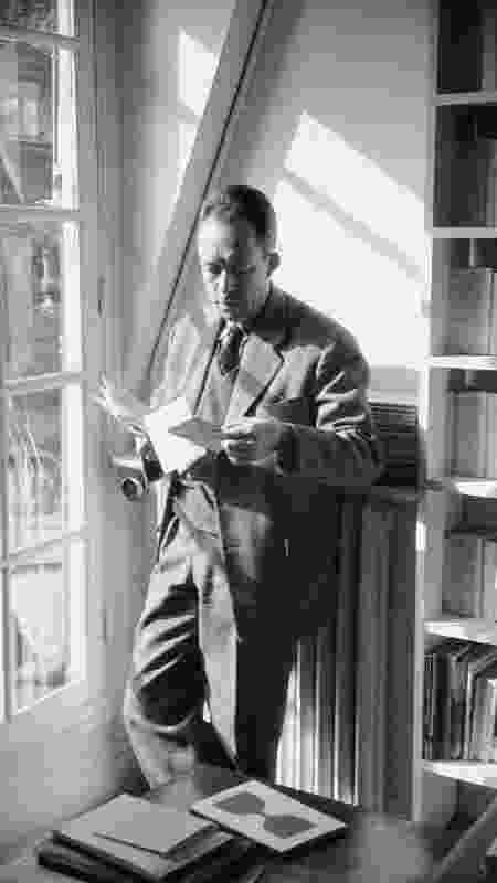 "Albert Camus: diário narra travessias marítimas do autor de ""A Peste"" - The LIFE Picture Collection - The LIFE Picture Collection"