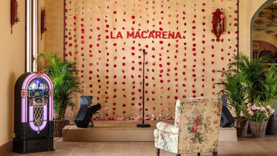 Cantar com a dupla do hit Macarena é nova experiência oferecida pelo Airbnb - Majareta Studio