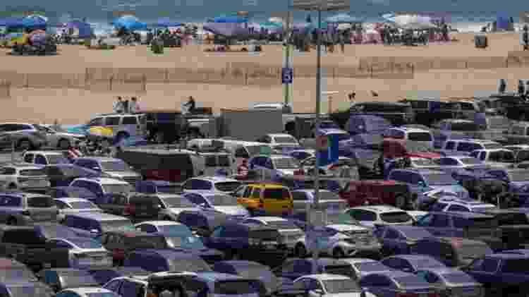 estacionamento de carros - Getty Images - Getty Images
