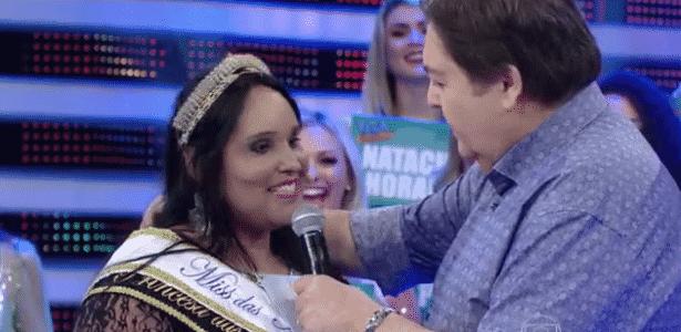 Fausto Silva sugere para modelo plus size Janaína Graciele emagrecer em 2016 - Reprodução/TV Globo
